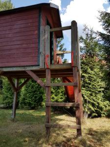 Kletterturm auf den Spielplatz der KIndertagespflege